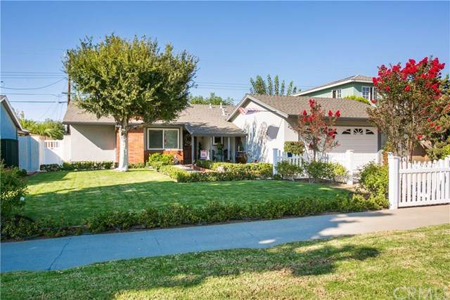 2205 E Quincy Avenue, Orange, CA 92867 (#PW20198329) :: The Houston Team | Compass