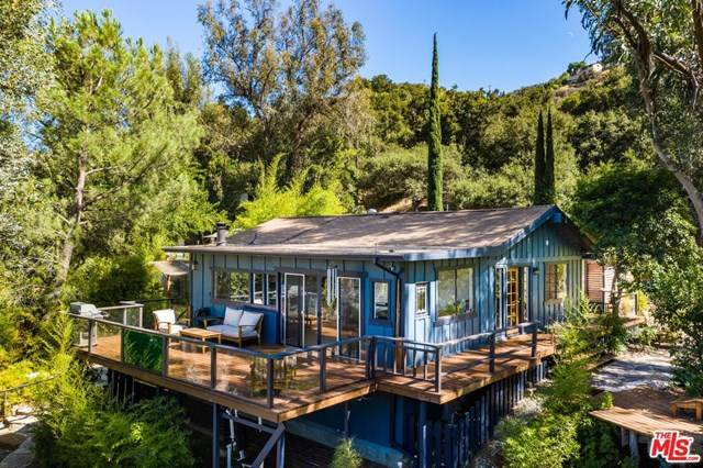 20485 Callon Drive, Topanga, CA 90290 (#20636448) :: The Laffins Real Estate Team