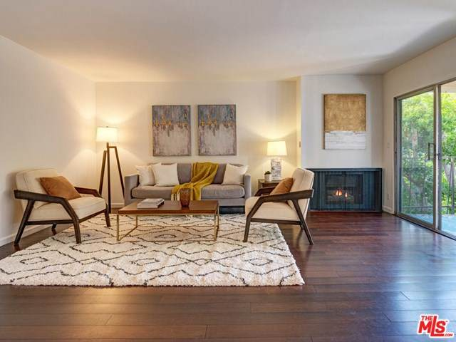 5845 Doverwood Drive #302, Culver City, CA 90230 (#20637004) :: The Laffins Real Estate Team
