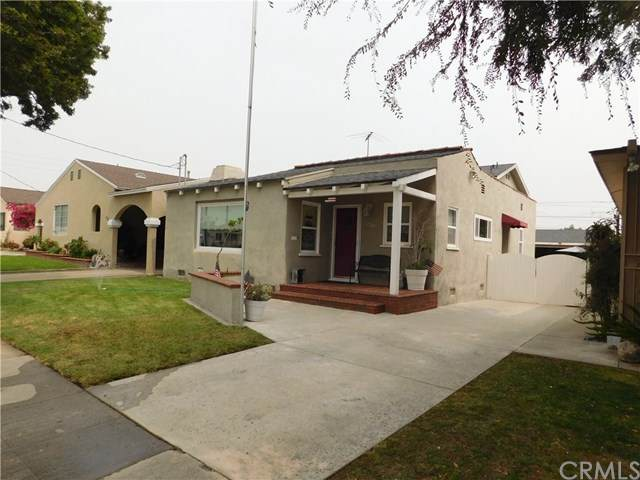 1726 Broad Avenue, Wilmington, CA 90744 (#DW20200130) :: The Najar Group