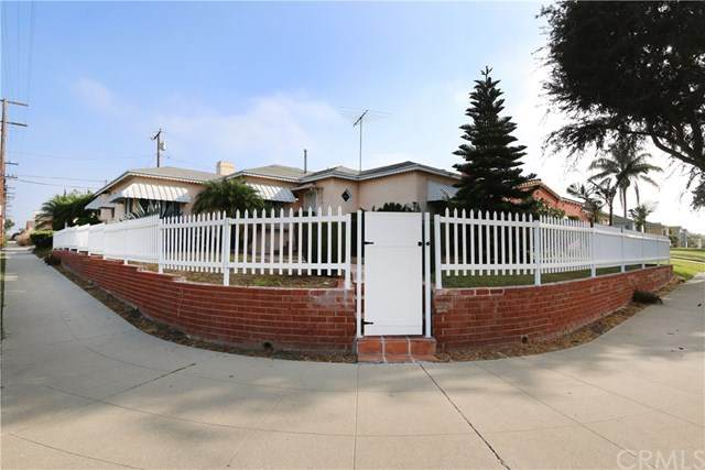 3021 W 83rd Street, Inglewood, CA 90305 (#CV20198949) :: The Najar Group