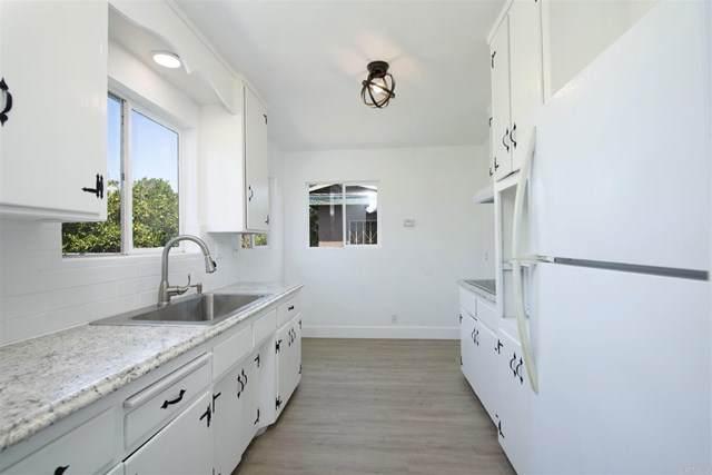 828 W 10th Avenue, Escondido, CA 92025 (#NDP2000169) :: Steele Canyon Realty