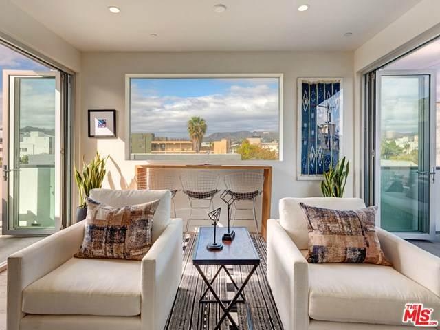 6314 Skye Drive, Los Angeles (City), CA 90038 (#20636688) :: Pam Spadafore & Associates