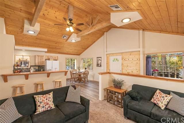542 Spruce Lane, Big Bear, CA 92386 (#EV20199322) :: The Laffins Real Estate Team