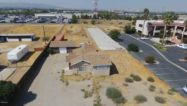 38713 9th Street E, Palmdale, CA 93550 (#220009973) :: Z Team OC Real Estate