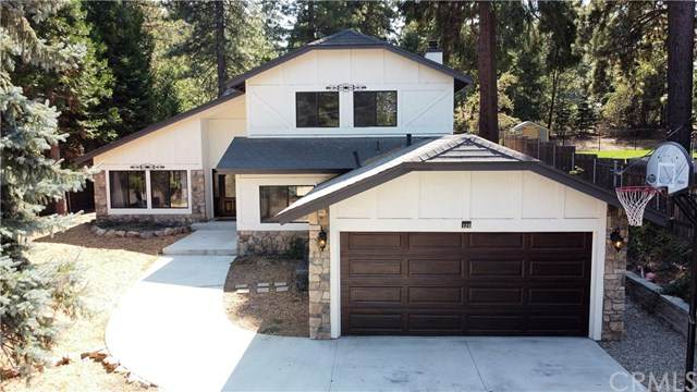 120 Pine Ridge Road, Crestline, CA 92325 (#EV20200480) :: Berkshire Hathaway HomeServices California Properties
