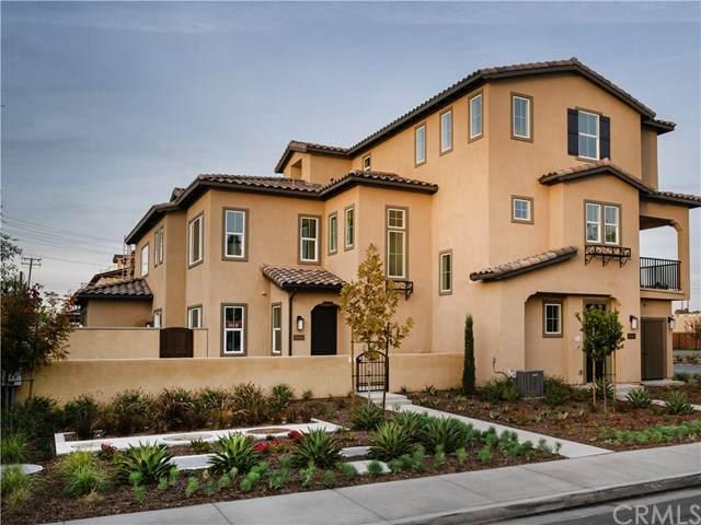 10588 Acorn Place, Los Alamitos, CA 90720 (#OC20200541) :: The Houston Team | Compass