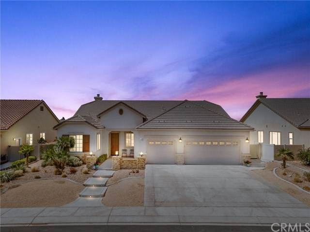 11056 Dandelion Lane, Apple Valley, CA 92308 (#EV20196440) :: The Najar Group