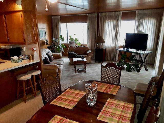 69391 Crestview Drive, Desert Hot Springs, CA 92241 (#219050259PS) :: Crudo & Associates