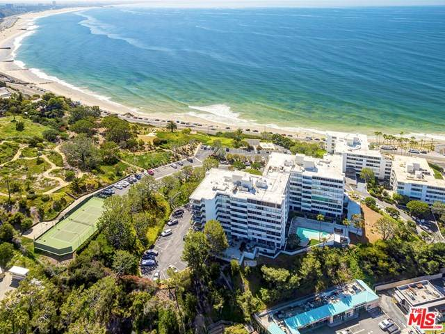 17352 W Sunset Boulevard #506, Pacific Palisades, CA 90272 (#20637698) :: Berkshire Hathaway HomeServices California Properties