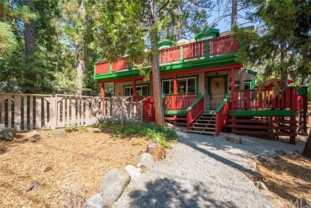25902 Oakwood Street, Idyllwild, CA 92549 (#SW20201157) :: Berkshire Hathaway HomeServices California Properties