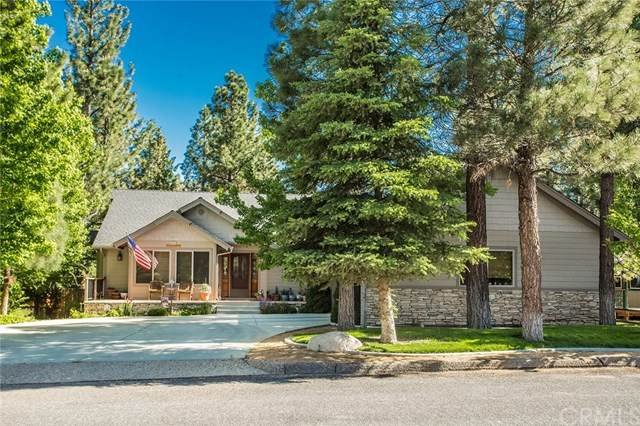 525 E Country Club Boulevard, Big Bear, CA 92314 (#PW20201178) :: Crudo & Associates