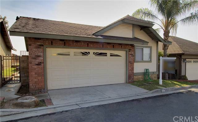 843 S Loretta Street, Rialto, CA 92376 (#PW20112071) :: The Najar Group