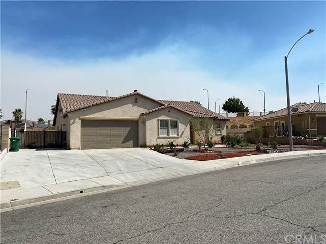 41618 Zinfandel Drive, Palmdale, CA 93551 (#IV20201373) :: Compass