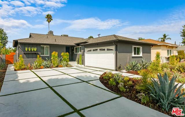 6855 Vanscoy Avenue, North Hollywood, CA 91605 (#20637970) :: Go Gabby