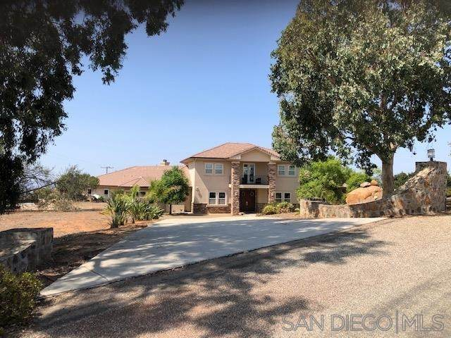 19348 Via Cuesta, Ramona, CA 92065 (#200046526) :: Provident Real Estate