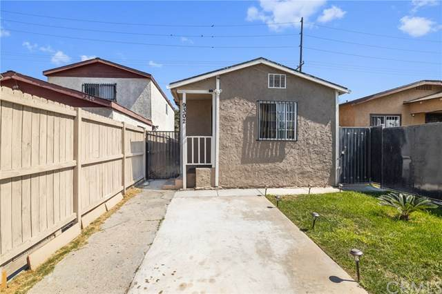 9302 Hooper Avenue, Los Angeles (City), CA 90002 (#DW20201587) :: Berkshire Hathaway HomeServices California Properties