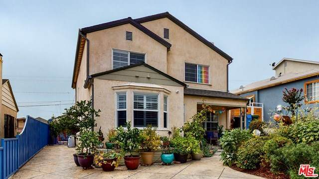 4206 W 58Th Place, Los Angeles (City), CA 90043 (#20638150) :: Go Gabby