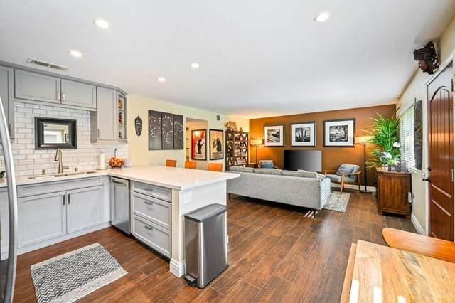 365 N Saturmino Drive #12, Palm Springs, CA 92262 (#219050309DA) :: Berkshire Hathaway HomeServices California Properties
