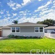 1340 E 52nd Street, Long Beach, CA 90805 (#NP20201614) :: eXp Realty of California Inc.
