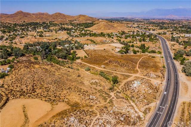 0 Highway 74, Perris, CA 92570 (#SW20197293) :: American Real Estate List & Sell