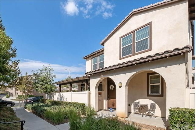 5738 Sacra Way, Riverside, CA 92505 (#DW20198831) :: The Laffins Real Estate Team
