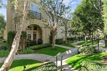 29 El Cajon #30, Irvine, CA 92602 (#OC20200858) :: Berkshire Hathaway HomeServices California Properties