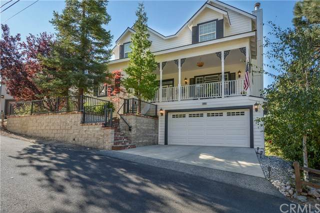 26665 Merced Lane, Lake Arrowhead, CA 92352 (#EV20201950) :: Compass