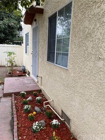 6013 Maywood Avenue #14, Huntington Park, CA 90255 (#SR20201694) :: Berkshire Hathaway HomeServices California Properties