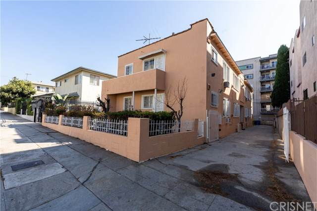 960 S Kingsley Drive, Los Angeles (City), CA 90006 (#SR20190757) :: The Miller Group