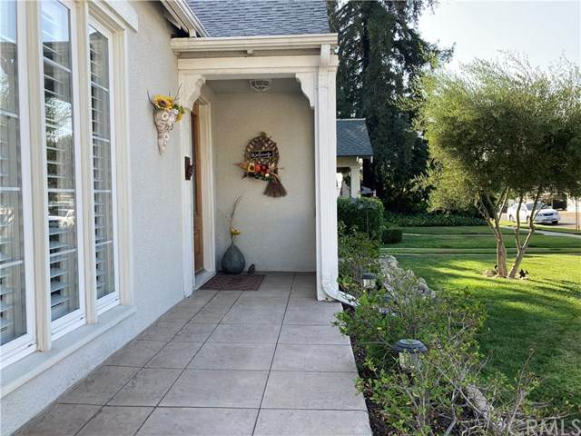 816 College Avenue, Redlands, CA 92374 (#EV20201762) :: Mark Nazzal Real Estate Group