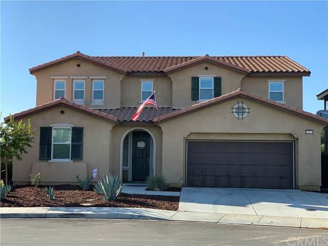 29275 Greenskeeper, Lake Elsinore, CA 92530 (#PW20197121) :: Team Forss Realty Group