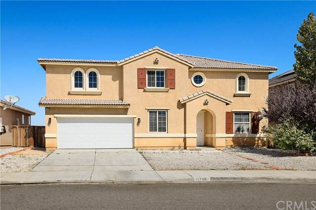 11766 Forest Park Lane, Victorville, CA 92392 (#WS20202250) :: The Najar Group