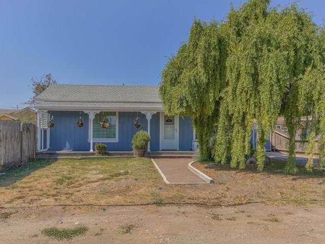 297 England Avenue, Salinas, CA 93906 (#ML81812987) :: American Real Estate List & Sell