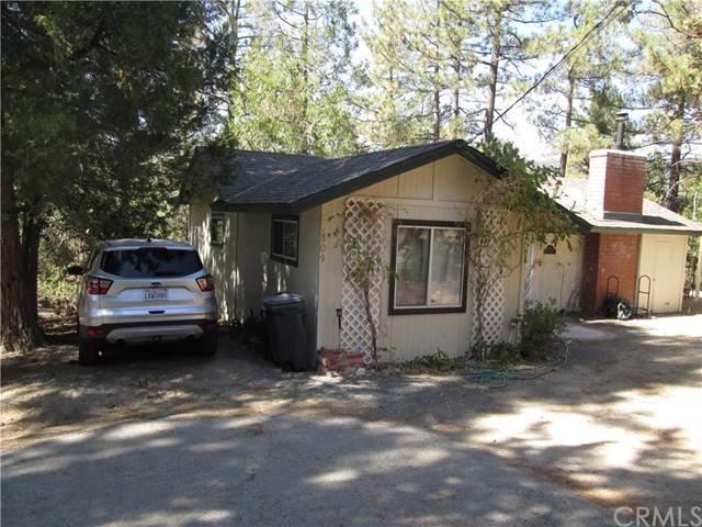 26509 Crestview Drive, Idyllwild, CA 92549 (#OC20202958) :: Go Gabby