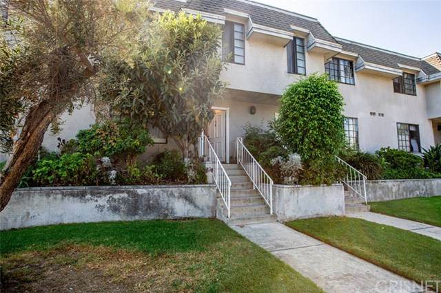 14500 Van Nuys Boulevard #36, Panorama City, CA 91402 (#SR20203058) :: Team Forss Realty Group