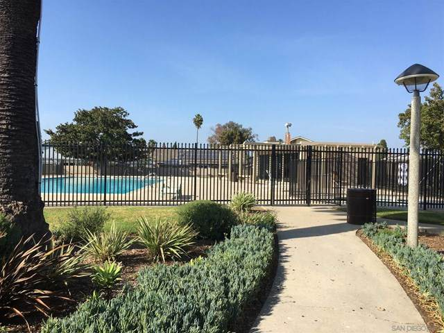 274 Holiday Way, Oceanside, CA 92057 (#200046720) :: Hart Coastal Group