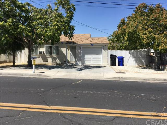16684 Forrest Avenue, Victorville, CA 92395 (#PW20203099) :: Go Gabby