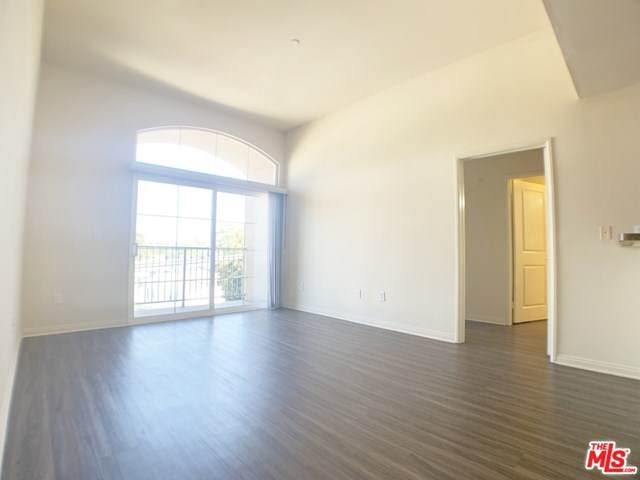 2810 Sepulveda Boulevard - Photo 1
