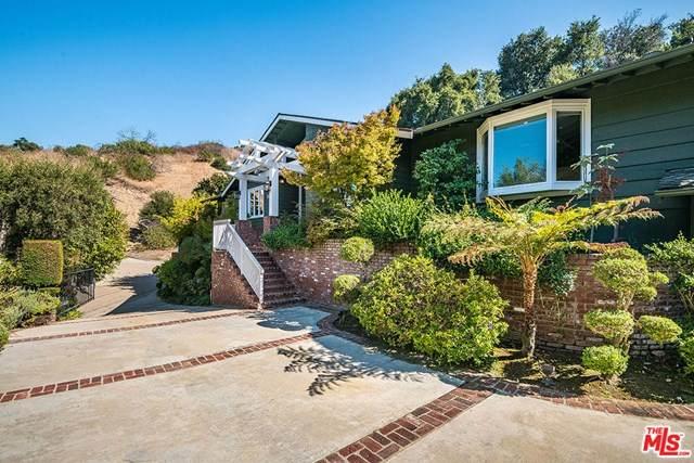 3621 Shady Oak Road, Studio City, CA 91604 (#20638274) :: Hart Coastal Group