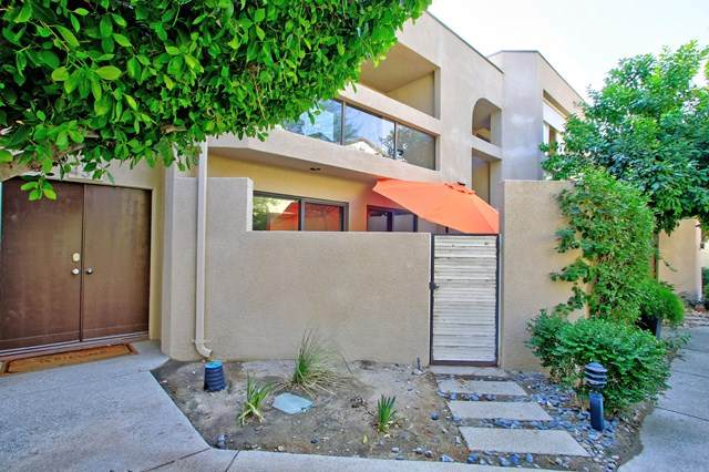 433 Village Square W, Palm Springs, CA 92262 (#219050417DA) :: Crudo & Associates
