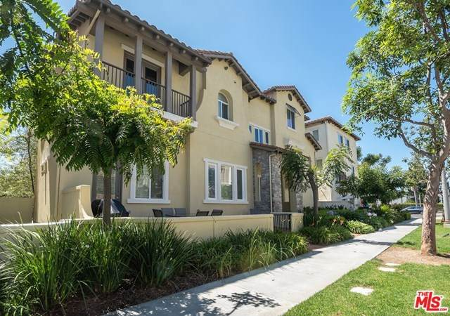 5725 Dawn, Playa Vista, CA 90094 (#20638444) :: Zember Realty Group