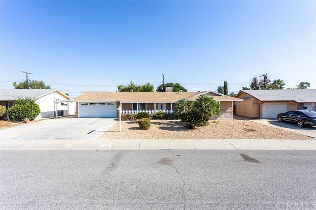 26170 Fountain Bleu Drive, Menifee, CA 92586 (#PW20203456) :: The Costantino Group | Cal American Homes and Realty