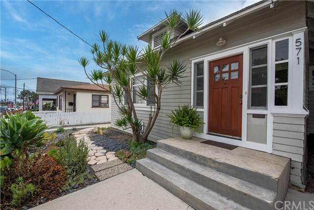 571 W 17th Street, San Pedro, CA 90731 (#SB20201135) :: The Miller Group
