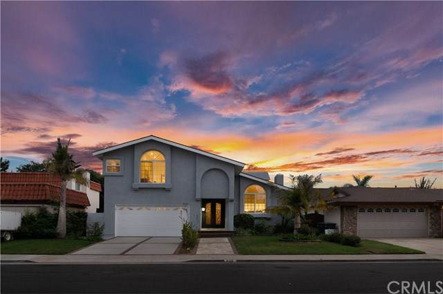 8158 Dartmoor Drive, Huntington Beach, CA 92646 (#PW20203636) :: Team Forss Realty Group