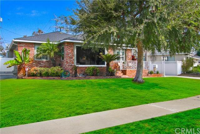 5743 Capetown Street, Lakewood, CA 90713 (#CV20203741) :: Doherty Real Estate Group