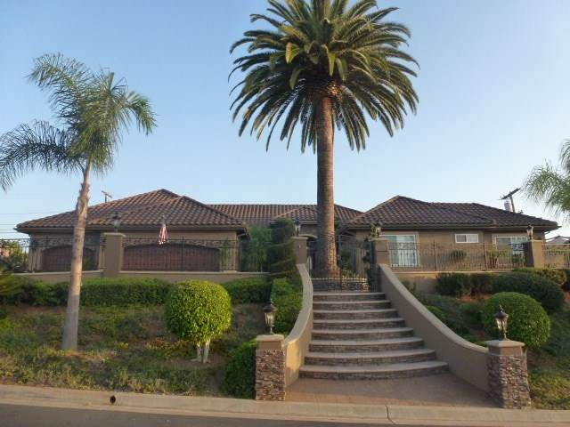 1003 Via Marco, Vista, CA 92084 (#NDP2000437) :: The Costantino Group | Cal American Homes and Realty