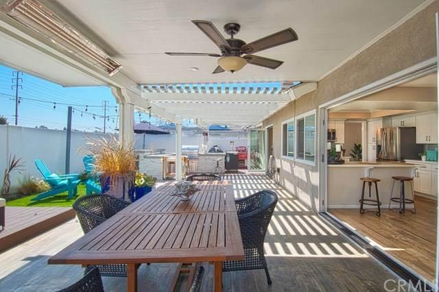 20752 Spindrift Lane, Huntington Beach, CA 92646 (#NP20203689) :: Brandon Hobbs Group