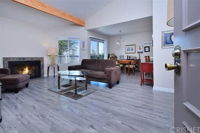 18316 Hatteras Street #23, Tarzana, CA 91356 (#SR20203092) :: Crudo & Associates