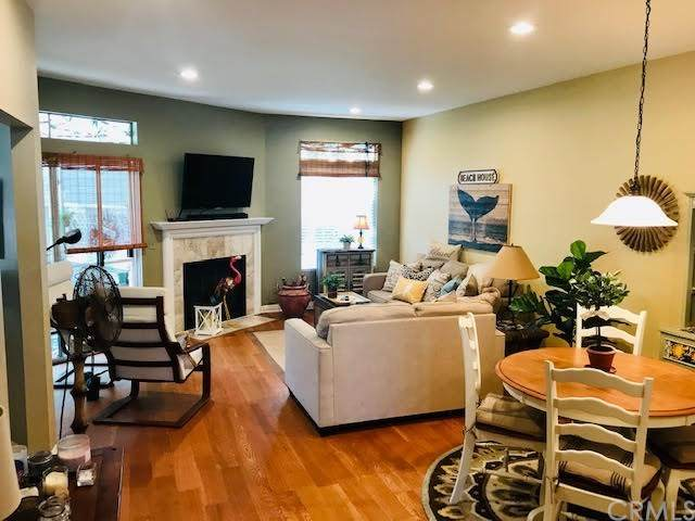 11 Dover Place #11, Laguna Niguel, CA 92677 (#OC20202673) :: The Brad Korb Real Estate Group